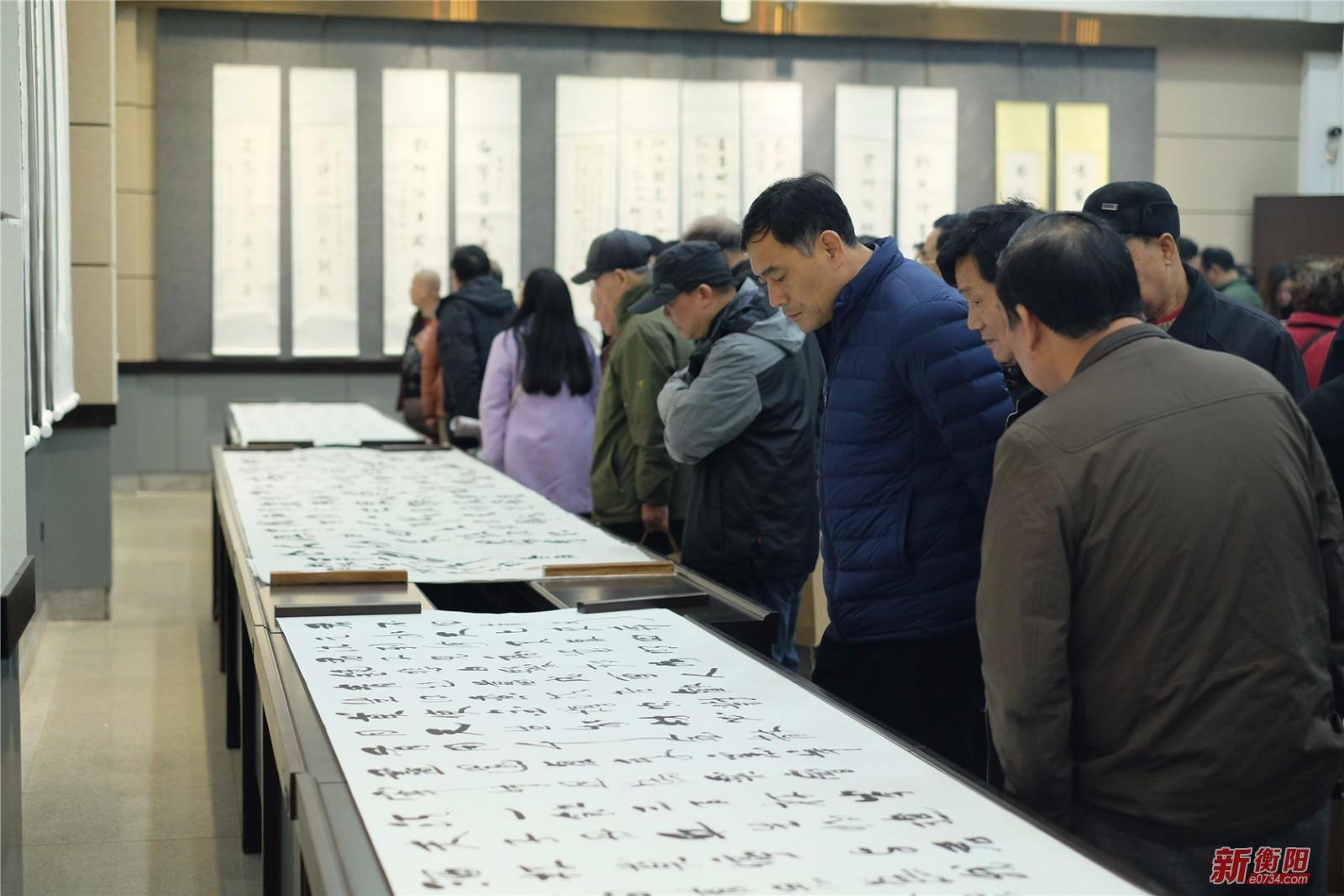 200余幅谢宏治书法作品在衡阳市博物馆展出