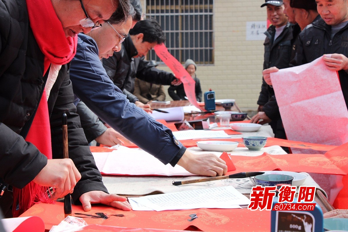 衡阳市美术馆前往常宁开展文艺惠民活动