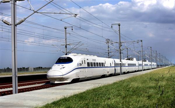 交通部党组书记:高铁不可能建到所有的县和乡