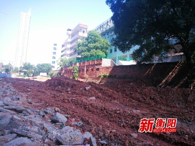 """向不文明行为说""""不"""":隆湖路改造项目竟停工了"""