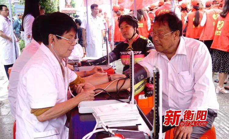 """常宁志愿者""""世界献血者日""""成功献血27600毫升"""