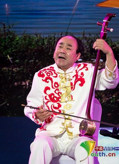 【中国梦·践行者】农民曲艺家刘士福:方言土语讲述老百姓自己的故事