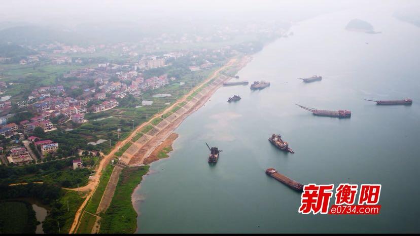 一江碧水:衡山县规范船舶停泊 保护湘江水源