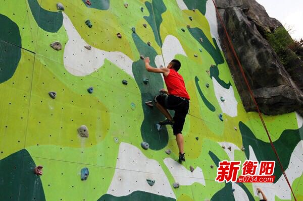 """省运会·项目小科普:""""峭壁上的艺术体操""""攀岩"""
