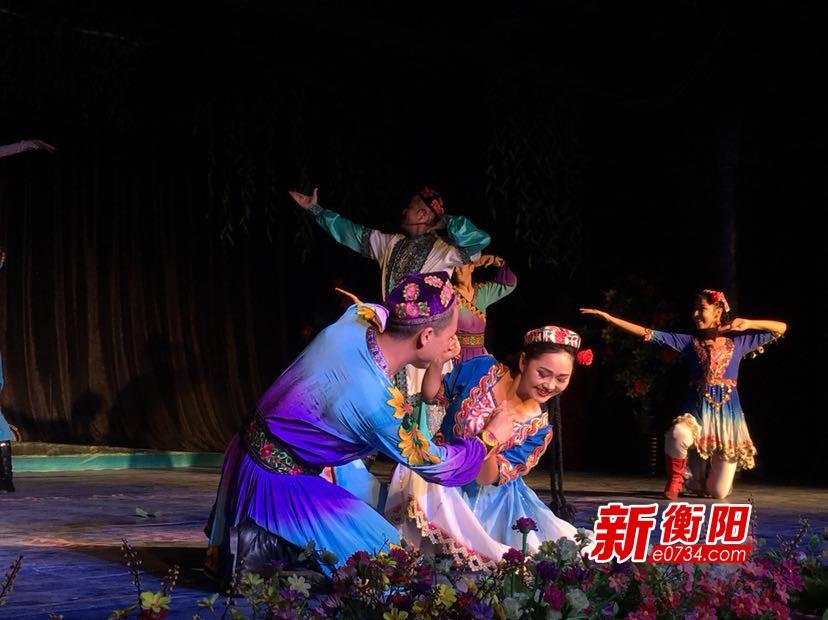 """我从新疆来③""""歌舞之乡""""灿烂的文化艺术让人沉醉"""