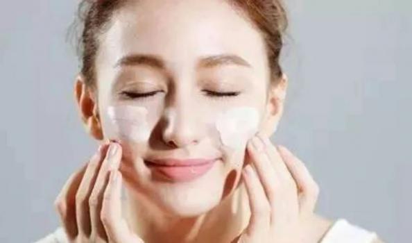你还在用吗?国家药监局通告这16批次化妆品不合格