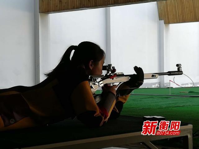 省运最前线:场上枪手沉着应战 场下教练悉心指导