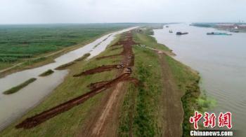 湖南省委严查洞庭湖下塞湖矮围问题 62人被问责