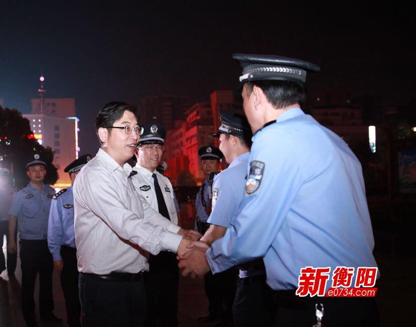 """邓群策:要以最高勤务级别夺取""""百日会战""""胜利"""