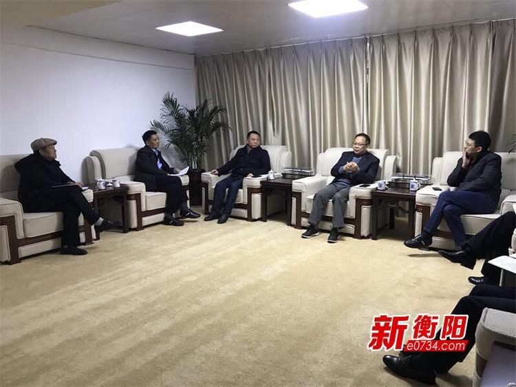 廖炎秋现场调度衡阳胶轮有轨电车示范线项目建设