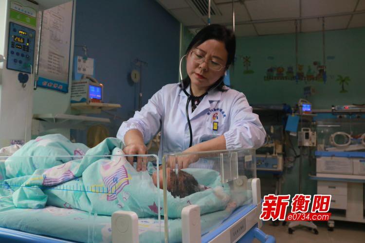 """医者杨玉丽:用慈母情怀做好新生儿的""""保护神"""""""
