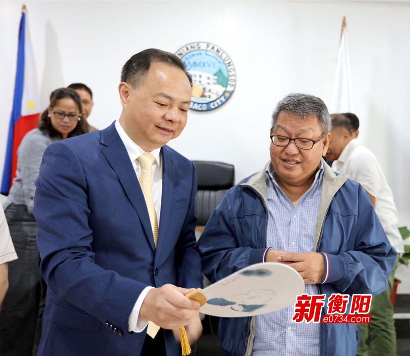鄭建新率衡陽代表團訪問貝寧、科特迪瓦、菲律賓