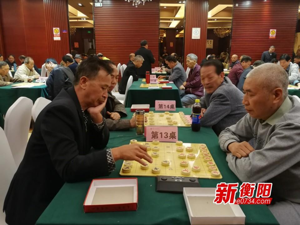 衡阳举办老年人象棋大赛 60位棋手决战方寸之间