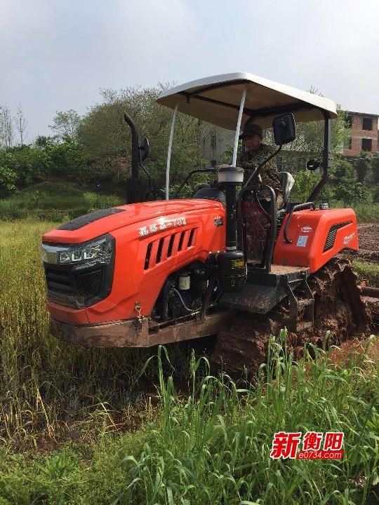 奮戰一百天 實現雙過半|蒸湘區耕地機助力春耕  確保生產順利開展