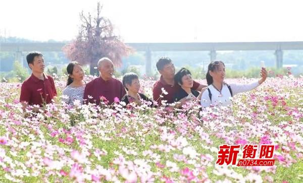 南岳衡山景区国庆假期人气爆棚  乡村旅游成新宠