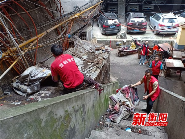 创卫进行时:湘北社区?#20013;?#21457;力 营造人人创卫氛围