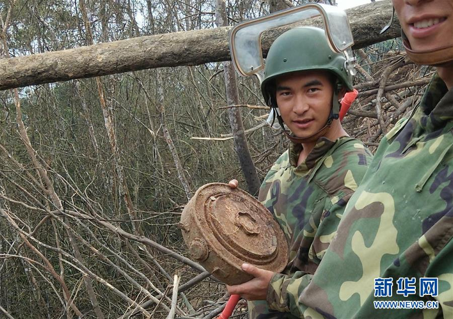 (时代先锋·图文互动)(2)新时代最可爱的人——记陆军某扫雷排爆大队英雄战士杜富国