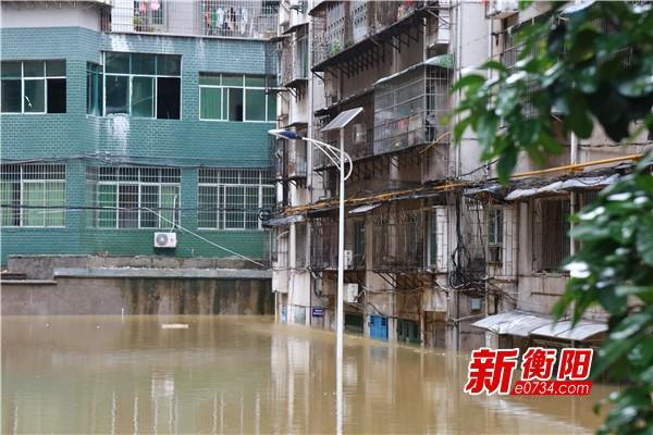 内涝严重  雁峰区连夜组织撤离500余名受困群众