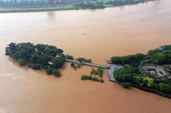 石鼓书院景区于今早8时闭园 待洪水退去再开园
