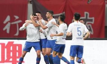 足協杯:費萊尼張弛建功 十人魯能客勝上港晉級決賽