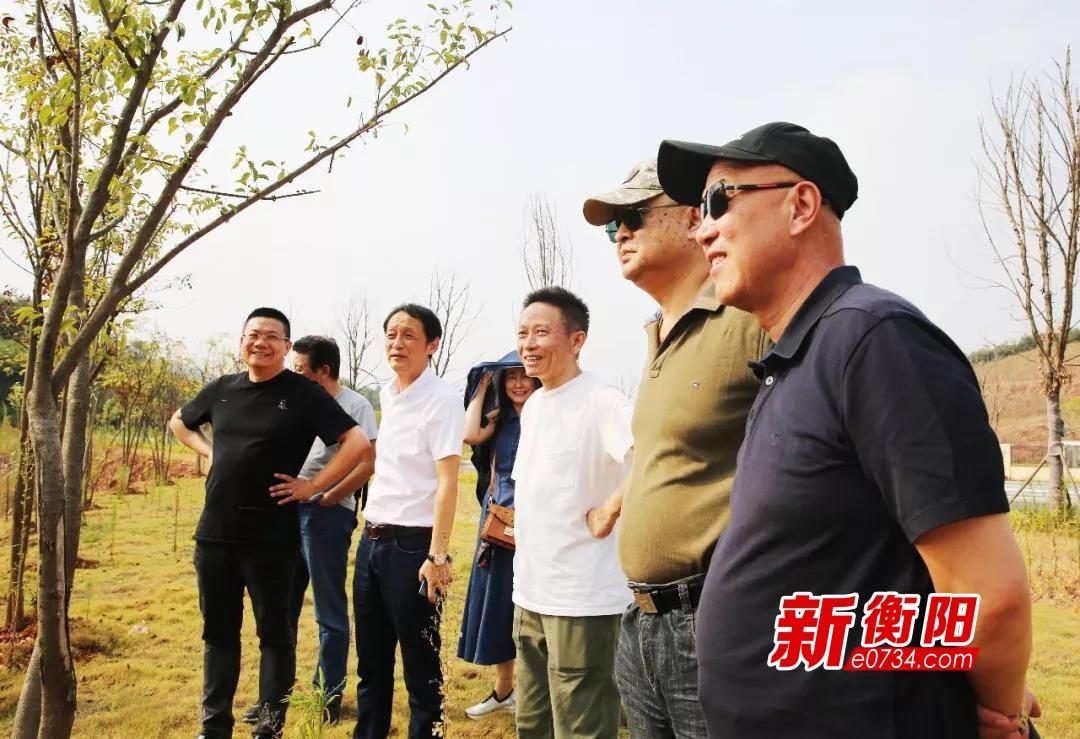 《援军明日到达》 剧组莅临衡阳梦东方考察选址