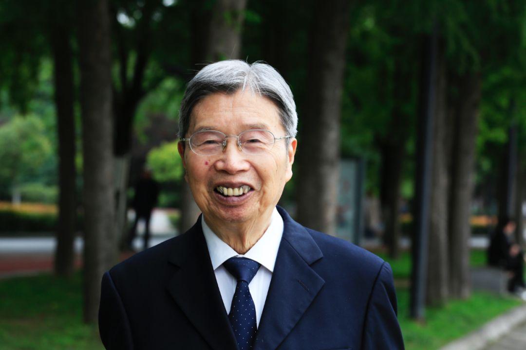 为祖国健康工作70年,92岁还在坚持打卡上班!他是时代楷模,更是人生榜样!