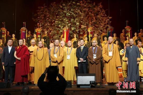中国佛教梵呗艺术团音乐会首登纽约林肯中心
