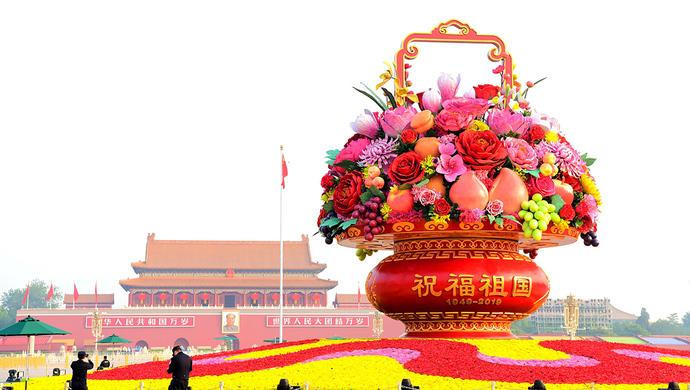 政党政治时代,各国发展状况千差万别,为何中国风景这边独好?