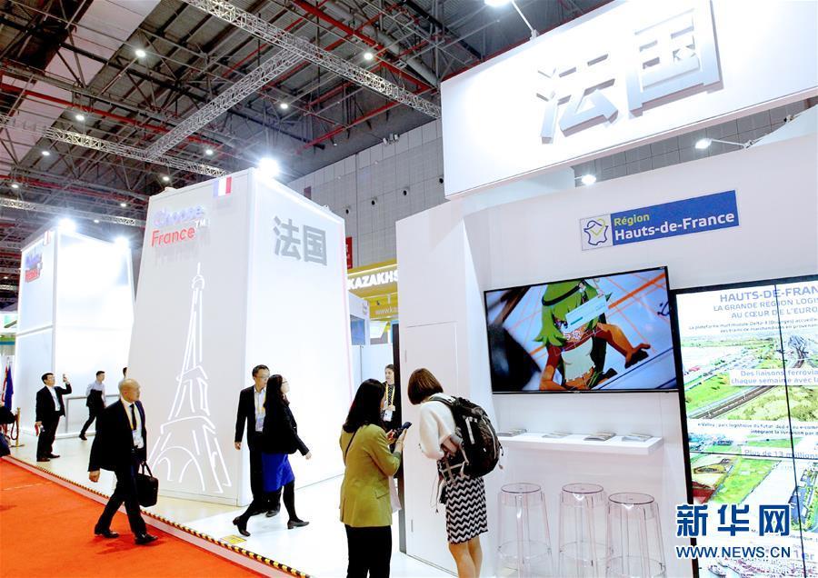 (新華全媒頭條·圖文互動)(1)共襄盛舉 共享未來——與會人士熱議習近平主席在第二屆中國國際進口博覽會上的主旨演講