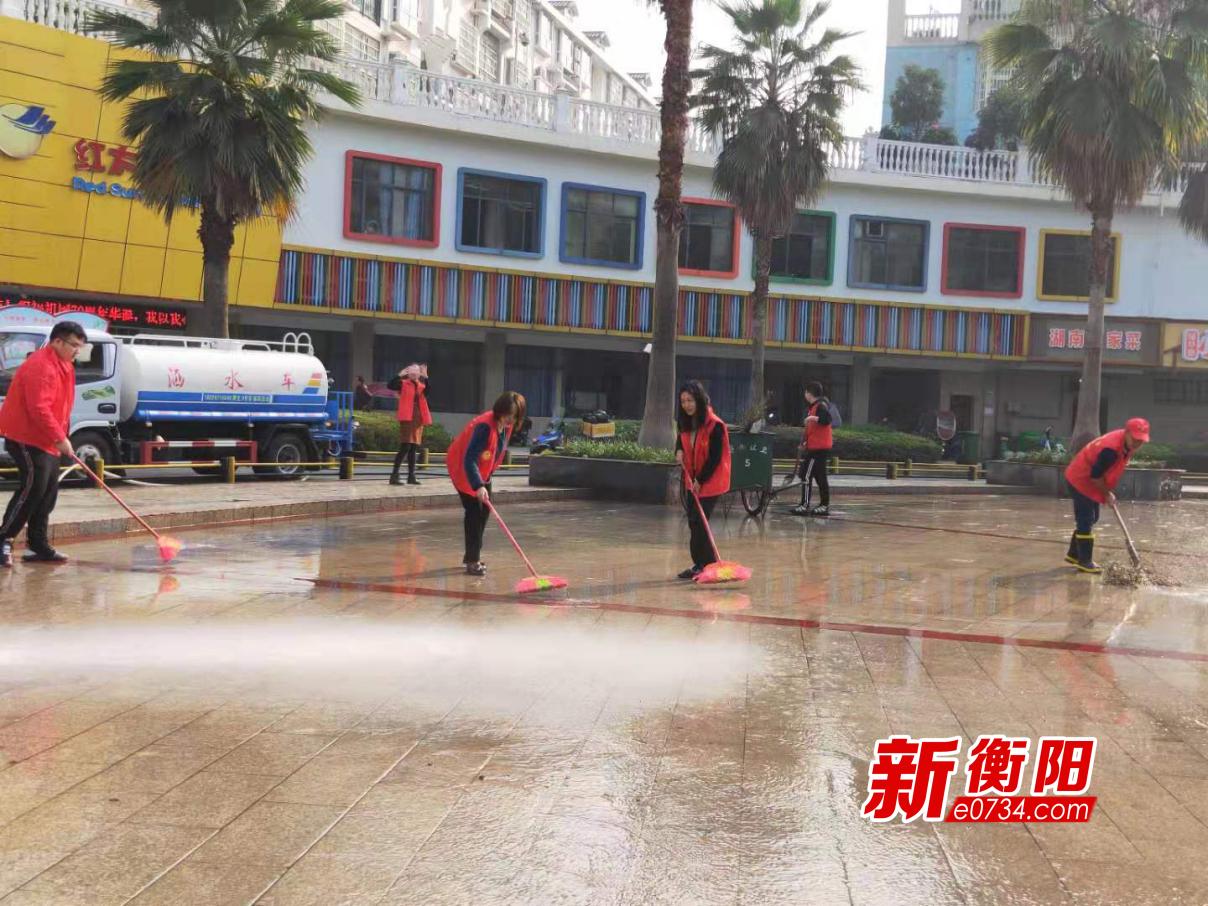 不忘初心解民憂:蒸湘區城建投積極清理衛生死角