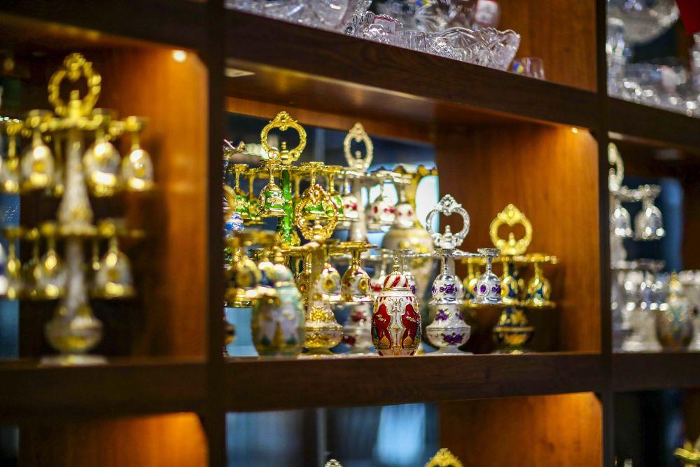 新疆:小城邊貿市場節前興旺