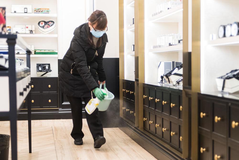 疫情防控|湖南长沙:商场陆续复工 防疫营业两不误