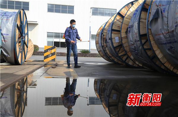 雁峰首批44名企业联络员全部到岗 确保有序复工