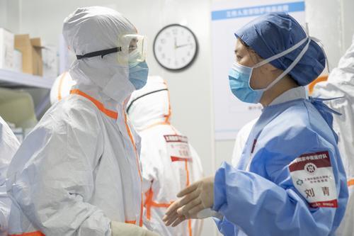 站好最后一班崗!第四批國家中醫醫療隊(上海)結束在武漢雷神山醫院的救治任務,英雄即將回家