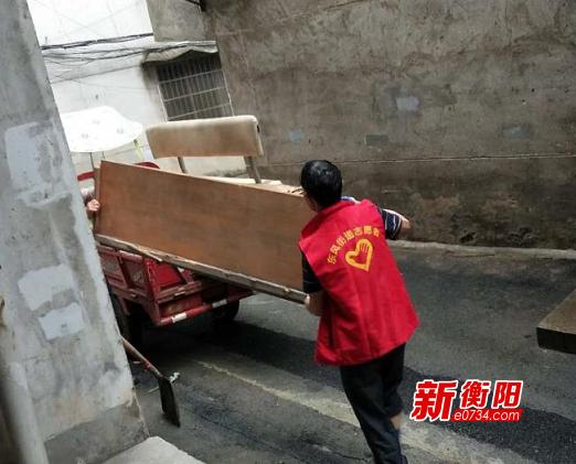 """""""雙創""""進行時:珠暉區東風街道扎實開展環境衛生清廢整治"""