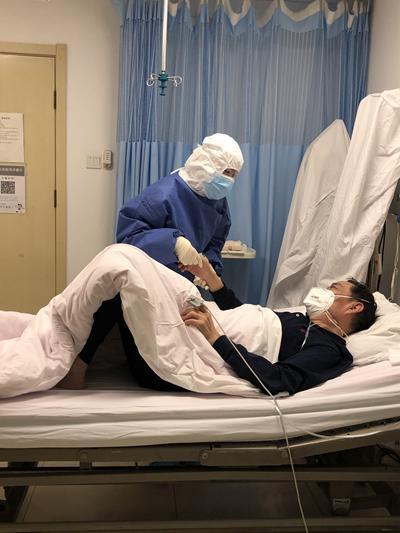 中日醫院感染科:別人可以后退,醫生不能退