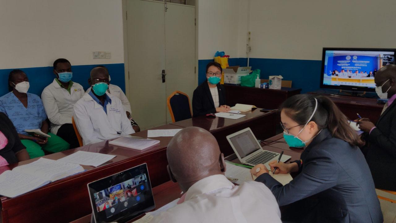 非洲观察丨坚守在中非合作抗疫一线的中国医生