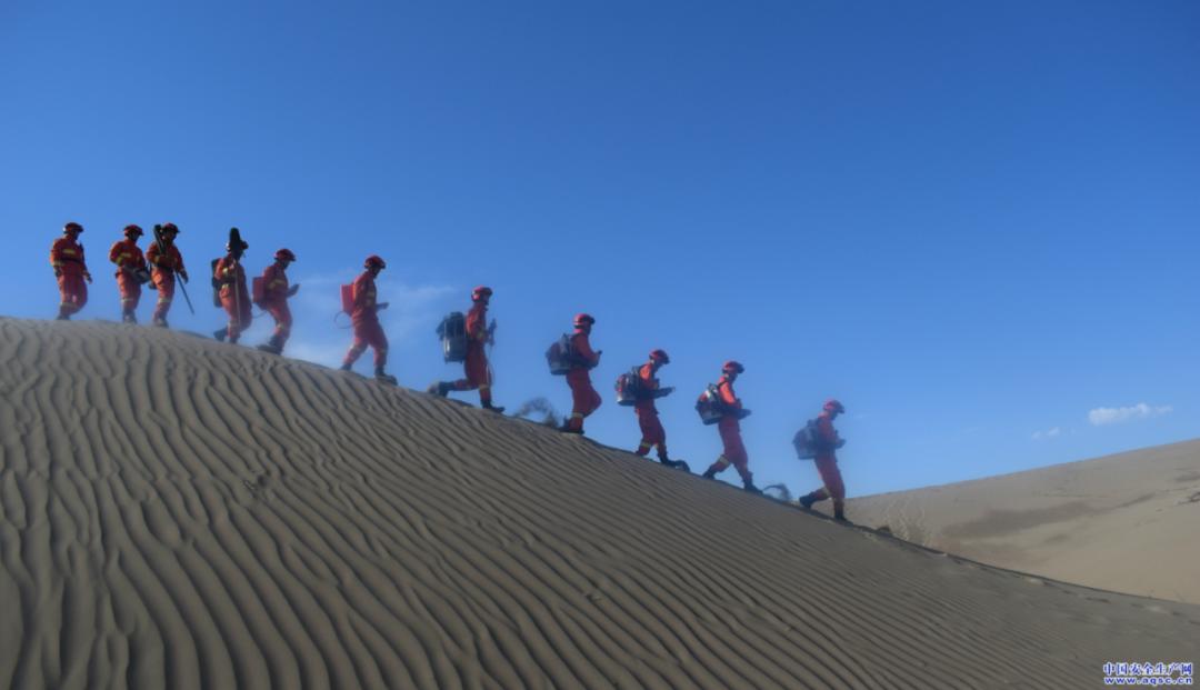 新时代应急人好样子丨新疆森林消防总队乌苏大队一中队:扎根茫茫戈壁 呵护每一片绿色
